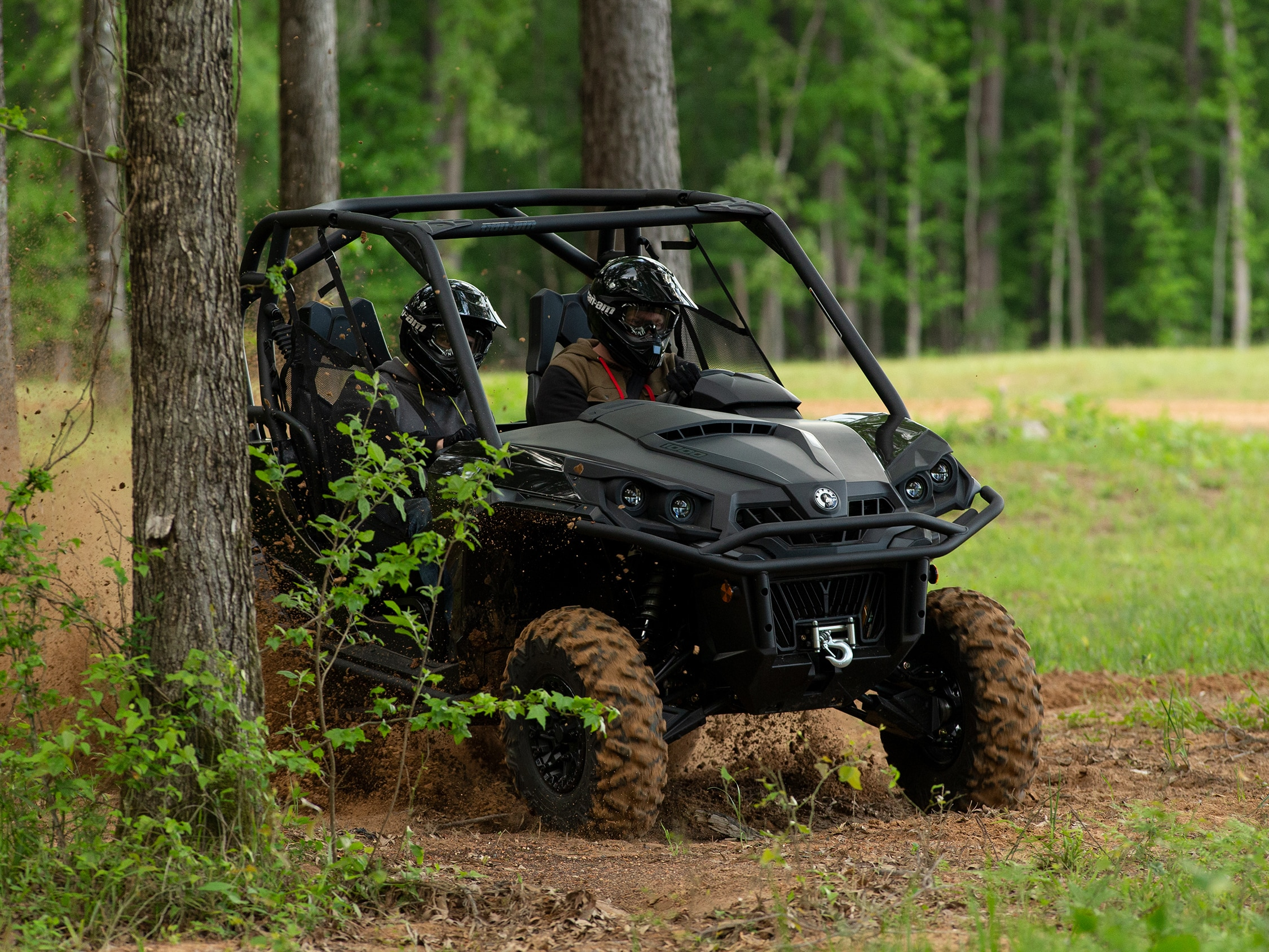 Can-Am Commander Hauling and 1500lbs Towing capacity