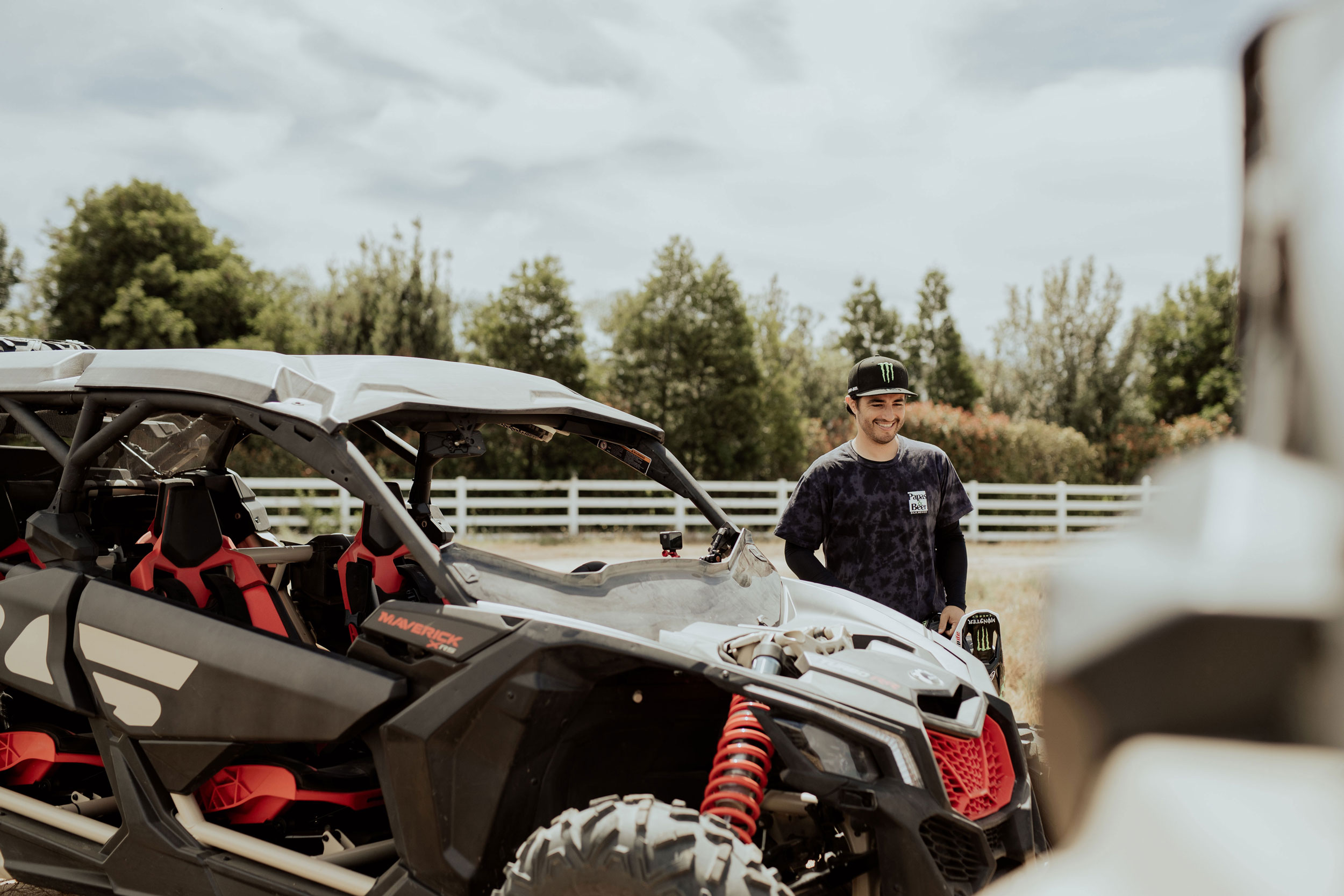 MY21 Can-Am Maverick X rs Turbo RR Desert Tan Carbon Black Can-Am Red best