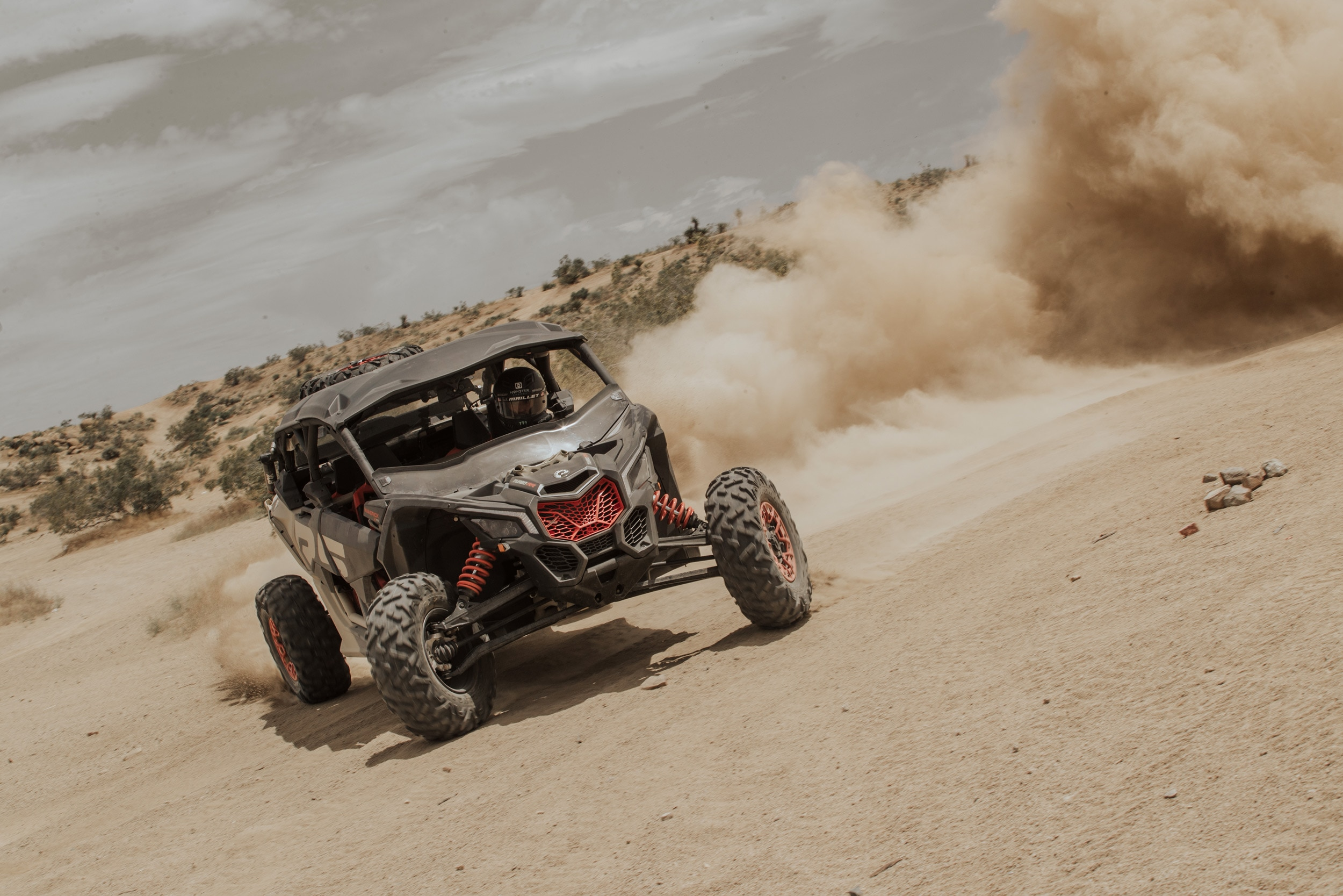 Can-Am semiaktive Off-Road-Fahrwerkstechnologie – Traktion