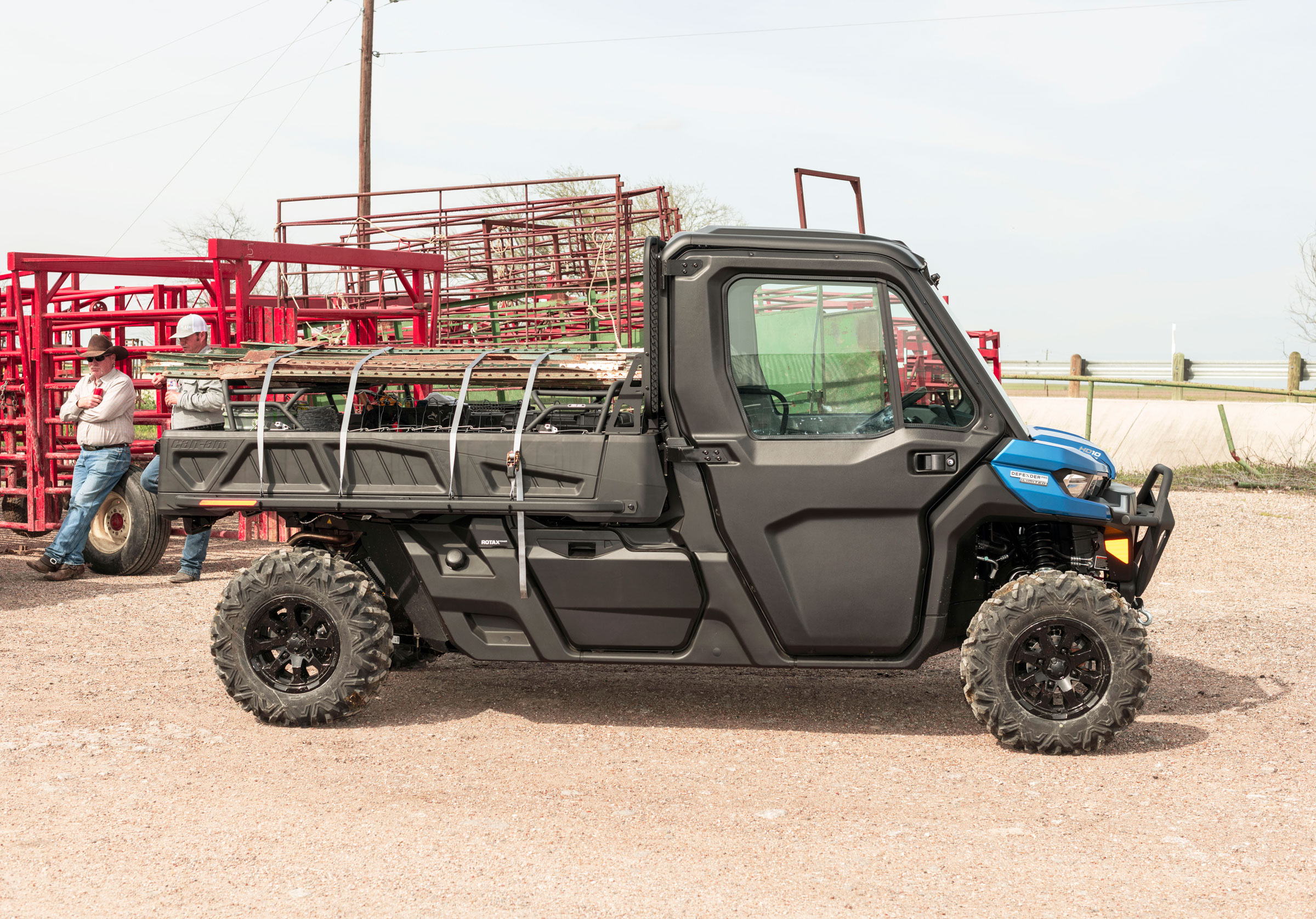 Can-Am Defender Limited HD10 in barn