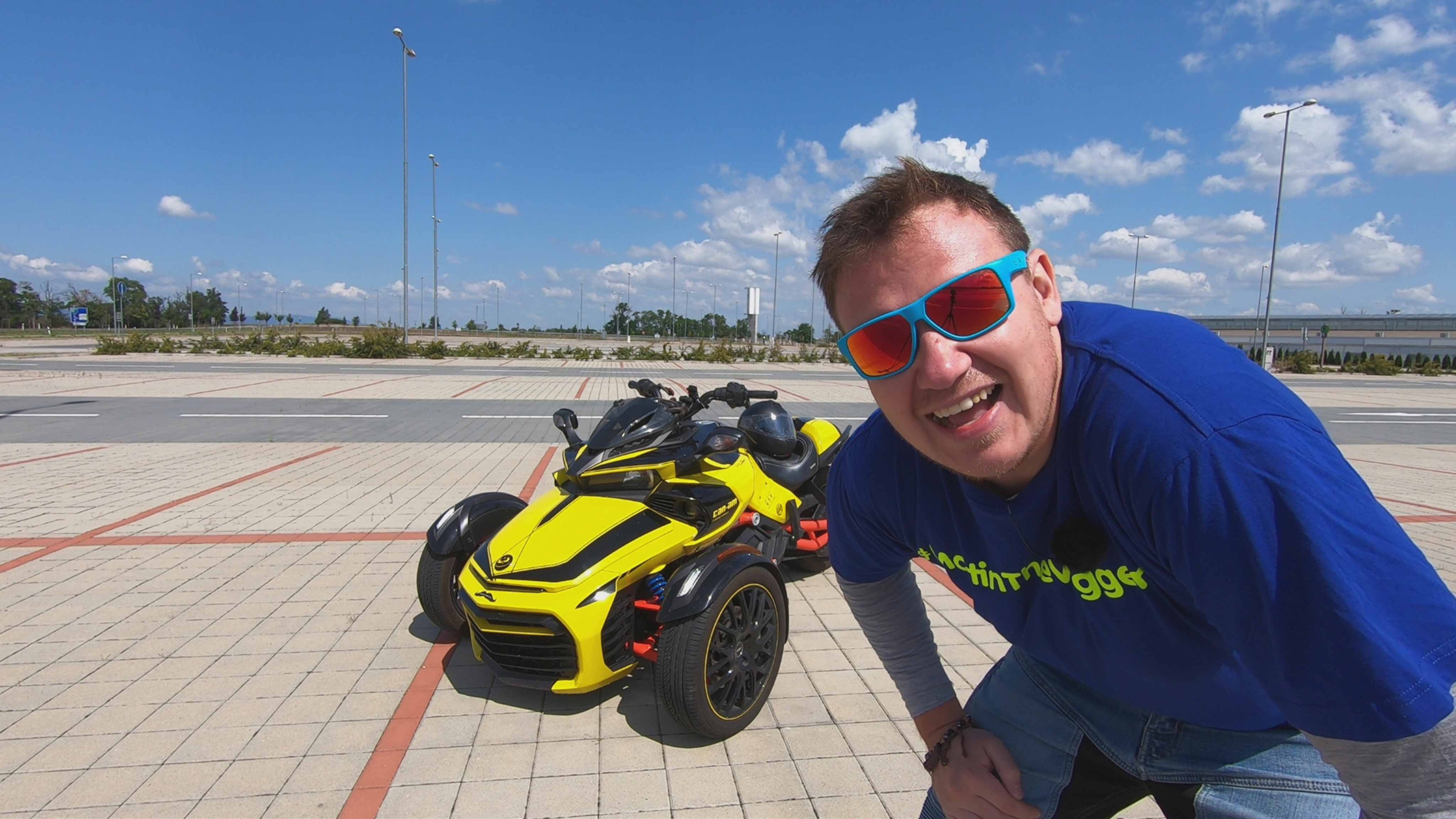 Martin the Vlogger in front of his Can-Am Spyder F3