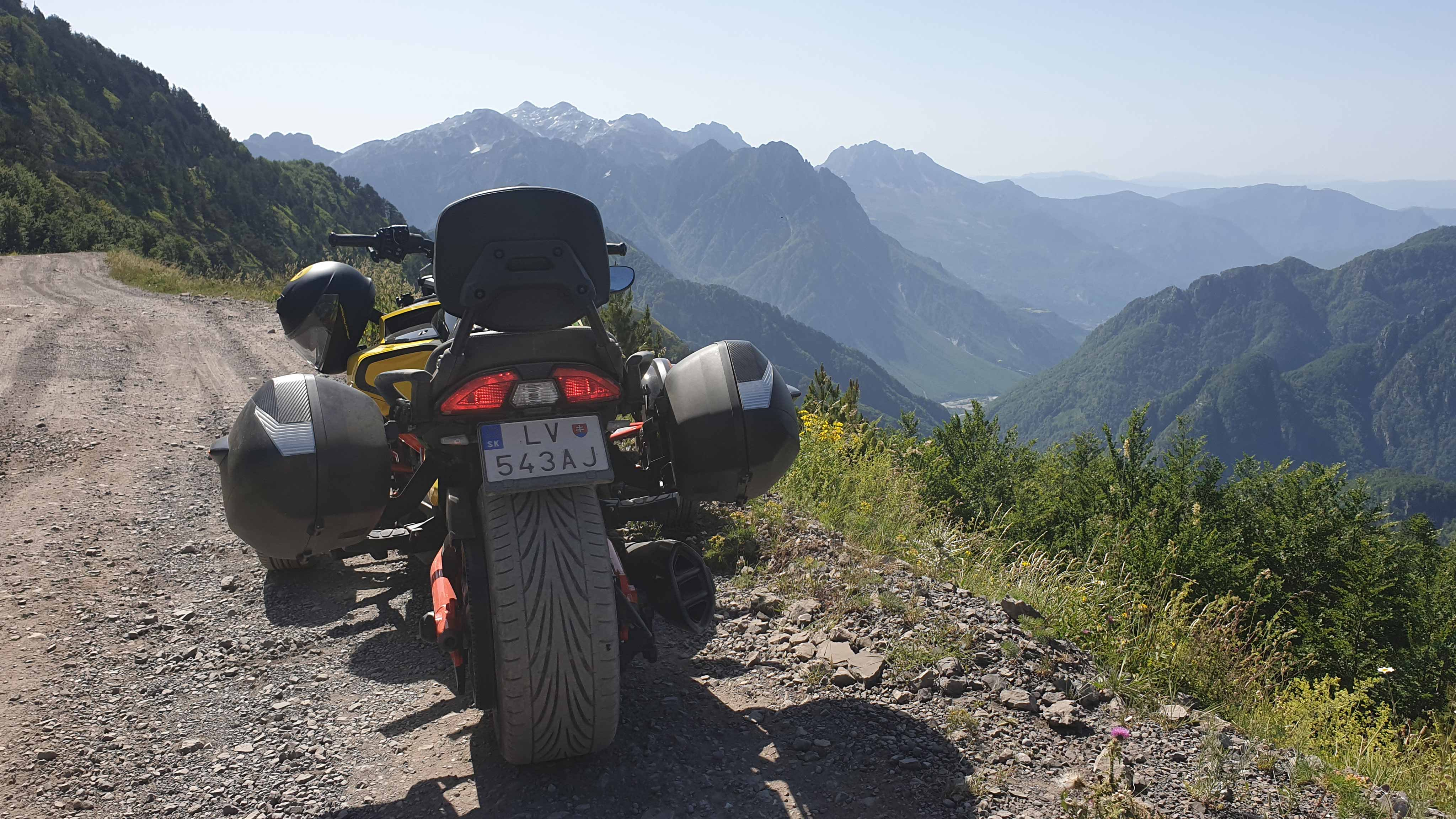 Martin the Vlogger's Can-Am Spyder F3 on top of a mountain