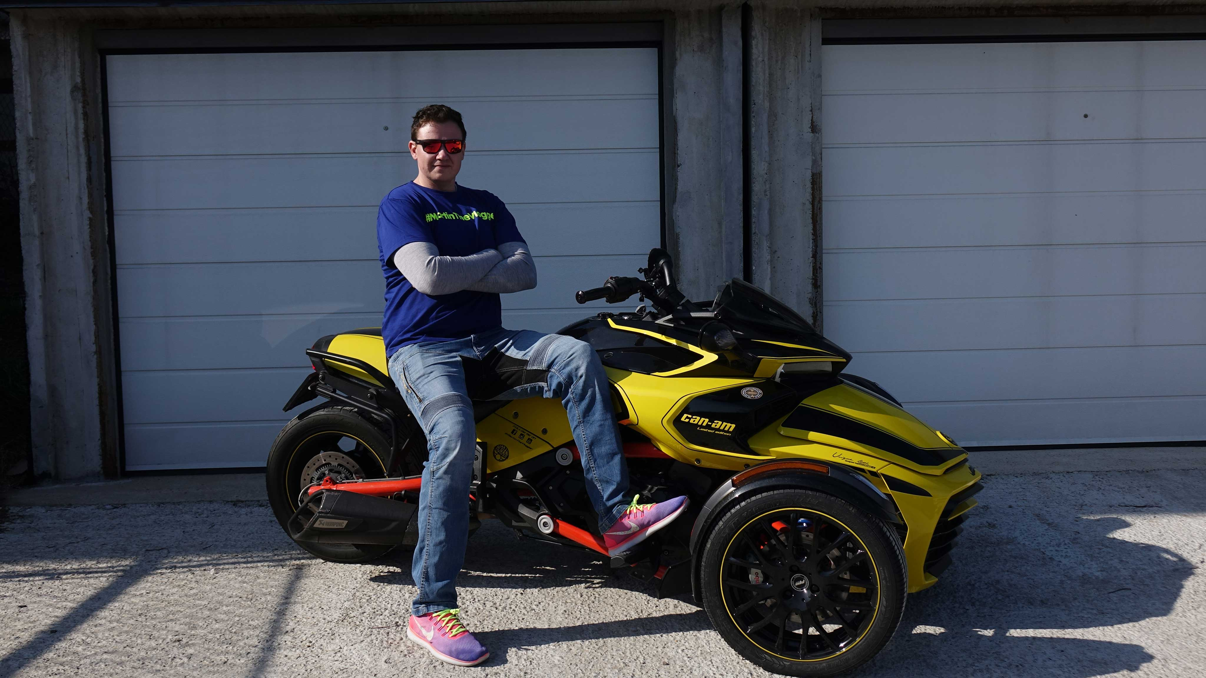 Martin the Vlogger sitting on his Can-Am Spyder F3